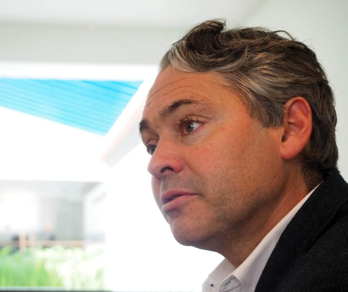 """JPP será a """"terceira via"""" e  Élvio Sousa diz que a Madeira tem dois presidentes do Governo, um em queda e outro que já se assume sem ter ido a votos"""