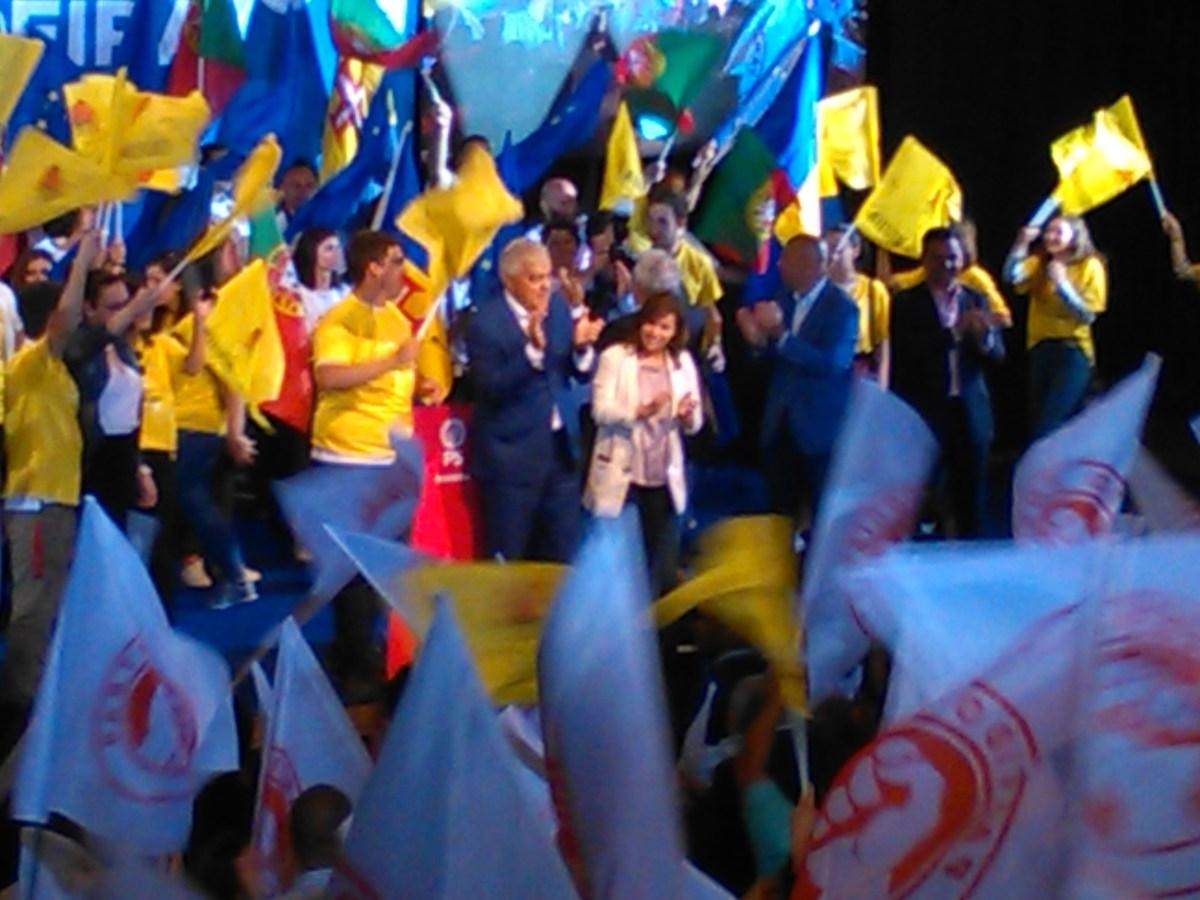"""António Costa revela que """"obsessão"""" pelas Autonomias é, por exemplo, não ter eurodeputados """"a meias"""""""