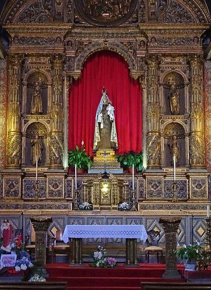 Igreja_de_Nossa_Senhora_do_Carmo_(Funchal)_Interior_2