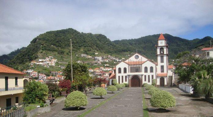Ribeira-Seca-696x382