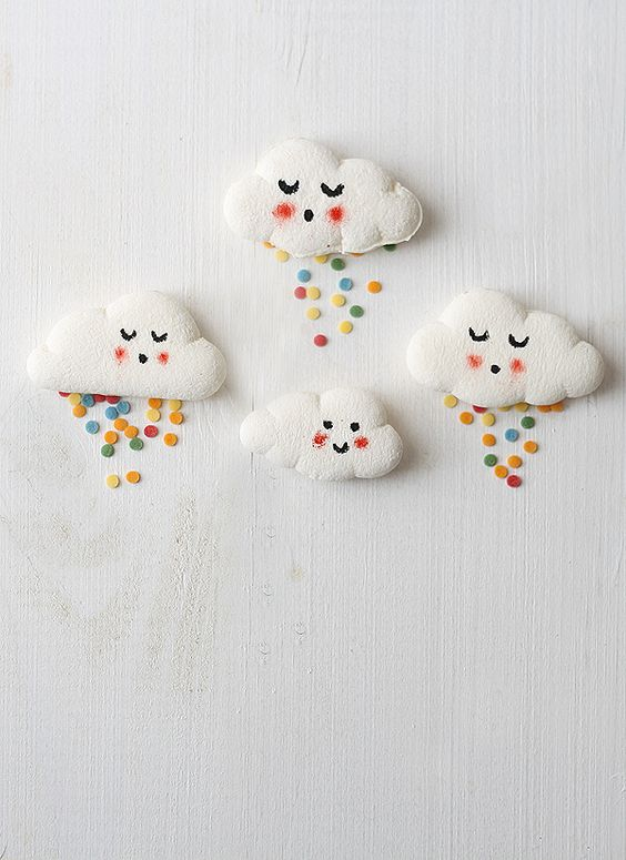 To create the heart shape, take one of your circular strips and press it together to flatten it. Marshmallow Clouds Fun Crafts Kids