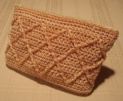 Raised Diamonds Clutch Gold