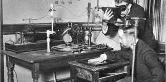 first-x-ray-machine