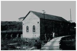 Conjunto arquitetônico da antiga usina da Ilha Grande – patrimônio histórico de Varginha/MG desde 2013. Construção: 1912.