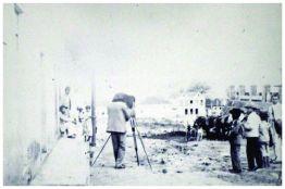 Antigo Largo da Matriz – atual Praça Governador Benedito Valadares. Vista geral do Largo. 1899.