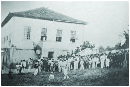 1ª Cadeia, Câmara e Fórum de Varginha – atual Praça João Gonzaga. Final do séc. XIX.