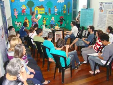 Contação de histórias para alunos da Oásis (foto Agnaldo Montesso 09-04-2019) (1)