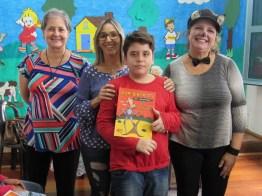 Contação de histórias para alunos da Oásis (foto Ana Luiza Romanielo 09-04-2019) (6)