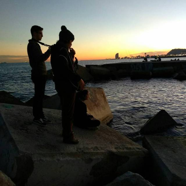 Espectacular posta de sol a Poble Nou del grup Perseuhellip