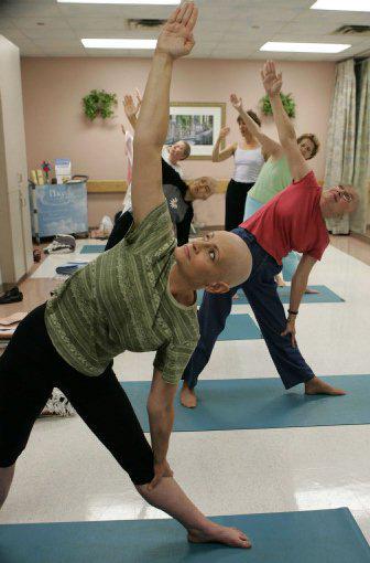 Yoga para pacientes de cáncer (1/2)