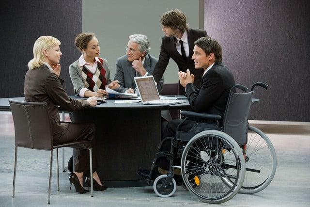 Resultado de imagen de contratar personas con discapacidad