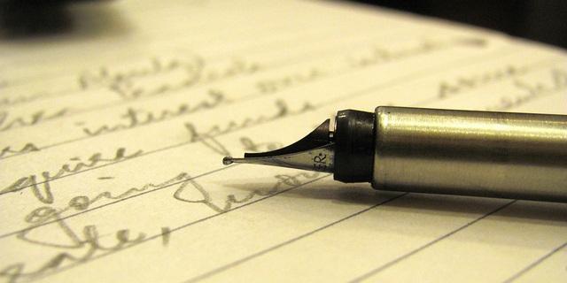 Resultado de imagen para escribir en papel con amor