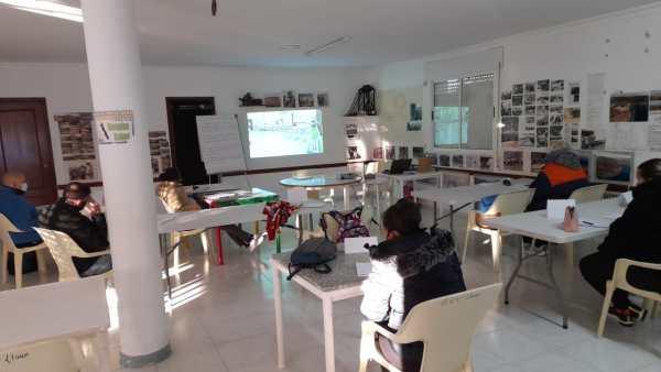 Participantes del programa '+ Empleo' 2020 reciben una de sus clases