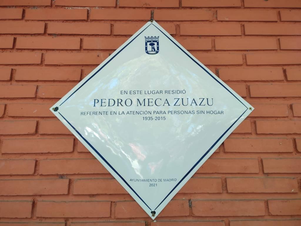 Placa conmemorativa a Pedro Meca en la Fundación SMP