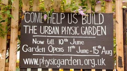 szukanie wolontariuszy do pomocy przy pracach w społecznym ogrodzie botanicznym