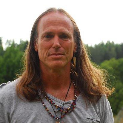zmiany na ziemi, astrologia i joga kundalini to zainteresowania Kaypachy
