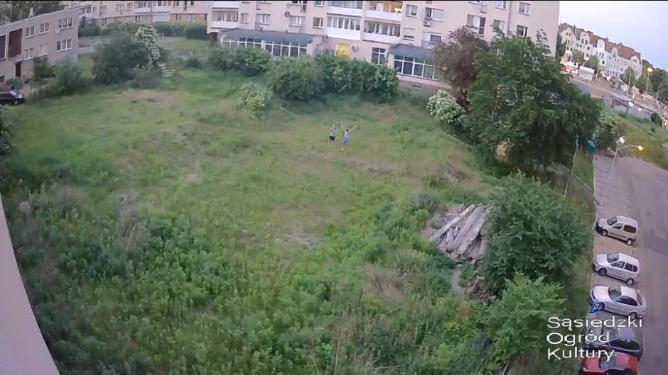 opuszczony plac w środku miasta - widok z góry