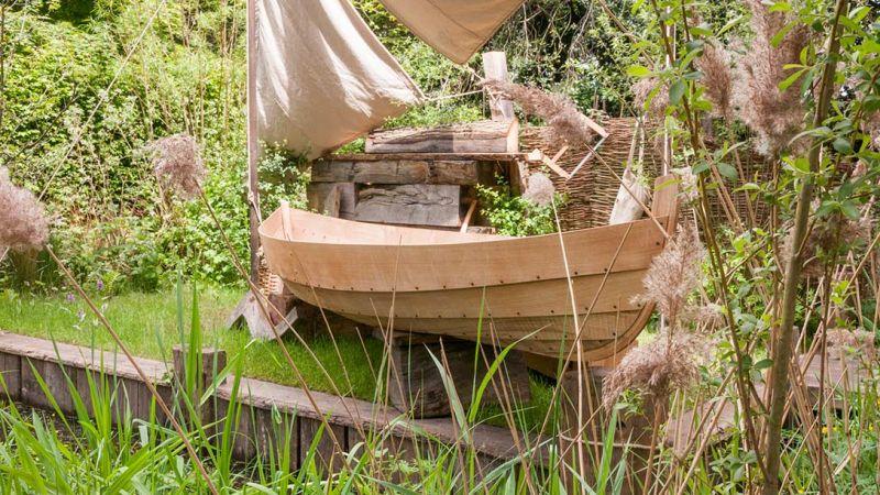 zdjęcia fragmentu łódki