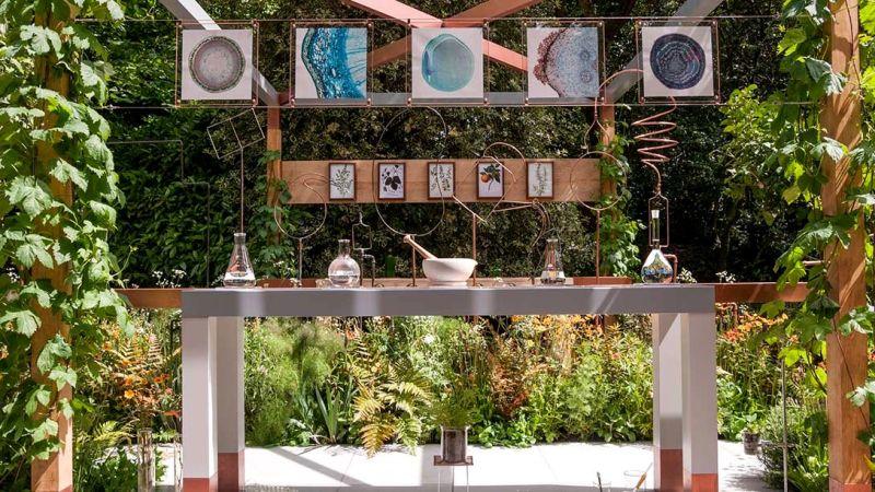 destylarnia ogrodowa londyn chelsea 2017, widok stołu
