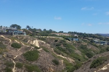 http://fundiegofamily.com/san-diego-fun/san-diego-travel-yes-you-can-go-to-torrey-pines-gliderport-and-keep-your-clothes-on/