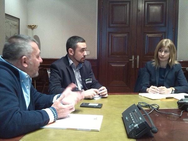 La Presidenta de la Comisión de Seguridad Vial del Congreso recibe a Asociación DIA