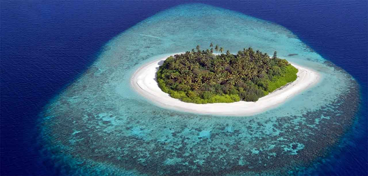 Famous People Born Christmas Island