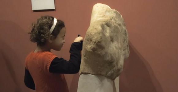 Como practicar idiomas en el museo