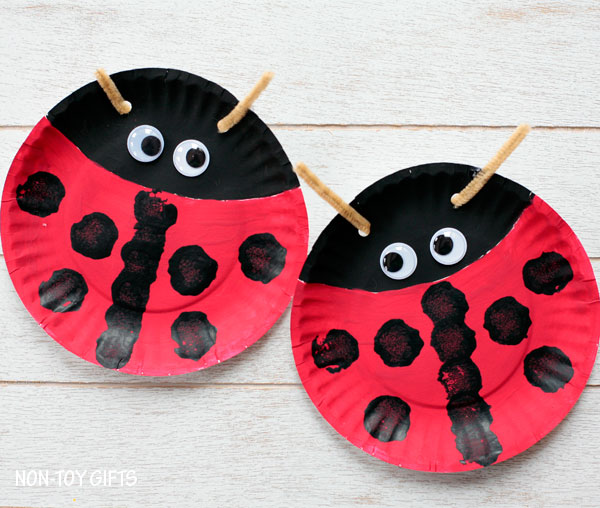 The grouchy ladybug by eric carle. Paper Plate Ladybug Fun Family Crafts