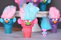 Troll Cupcakes   Fun Family Crafts