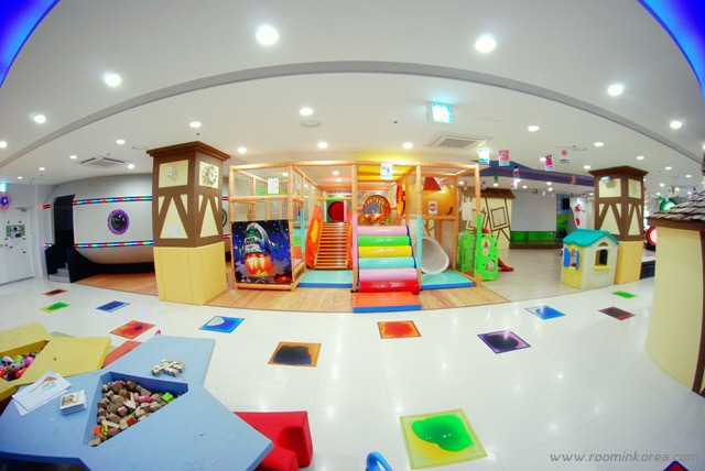 Kids RepublicEnglish Kids Caf  Fun Fun Seoul Korea