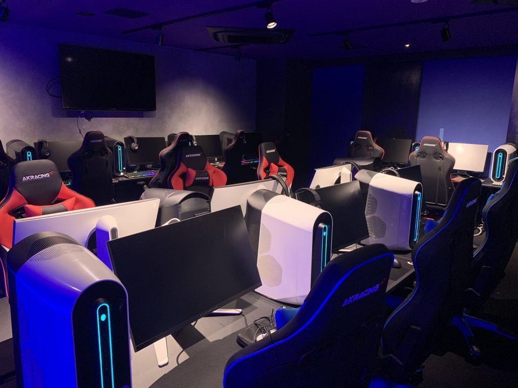 esports stage EVOLVE
