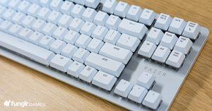 「BlackWidow Lite Mercury White」慮到工作和遊戲的需要而設計的這款鍵盤