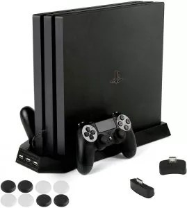 PS4 Pro 専用 縦置きスタンドファン付 置くだけ コントローラ充電スタンド2台