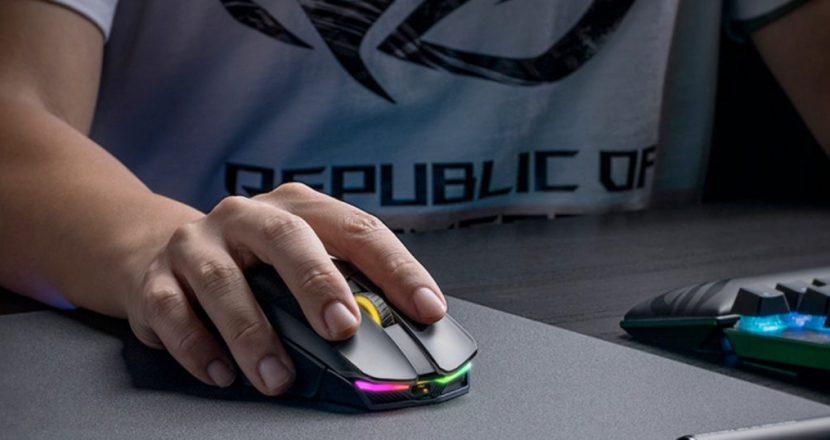 Qi充電対応のジョイスティック付きワイヤレスゲーミングマウス ASUS「ROG Chakram」発表