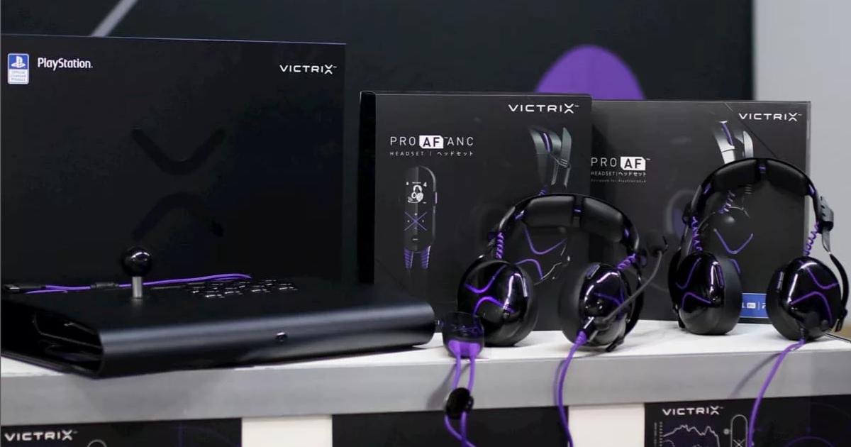 Victrix ProがPS4公式ライセンスのアーケードコントローラーとヘッドセットを発表