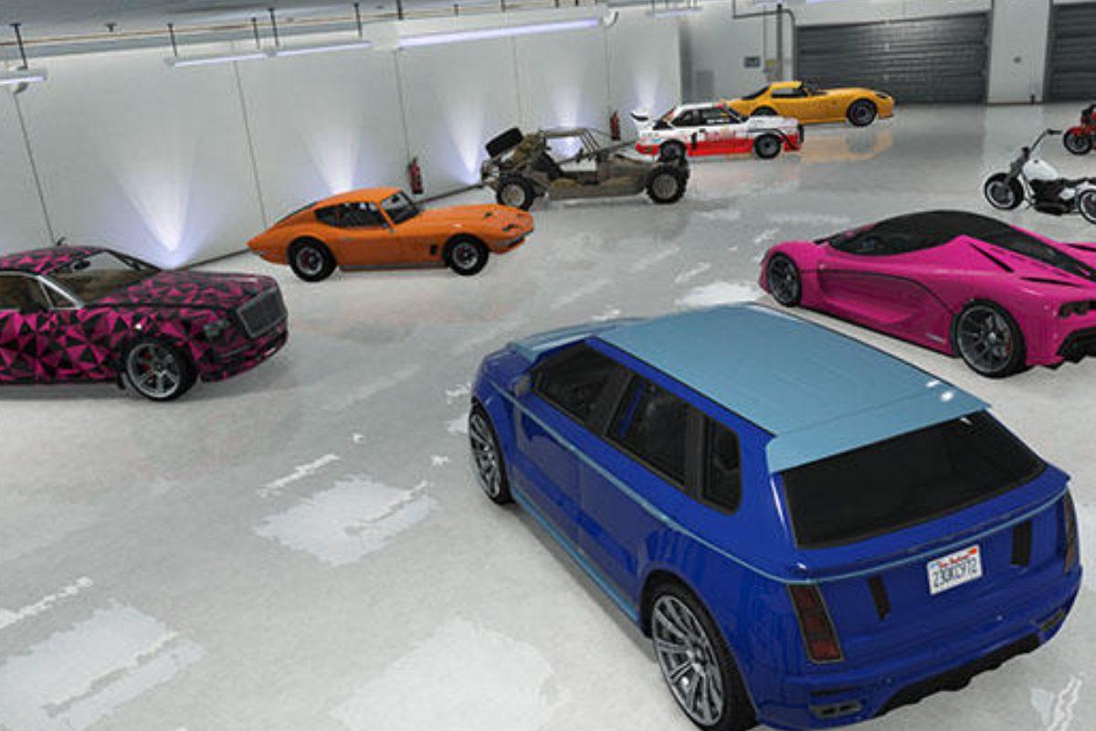 お気に入りの車をガレージに集めて鑑賞できる