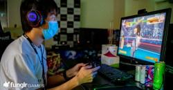 Razer vs. SHARP!真のゲーミングマスクはどっち?サージカルマスク使用感対決編!