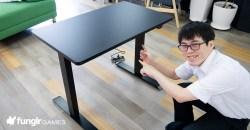 高さをすごい調整できる!FLEXISPOTの「電動式昇降デスクEC1セット」をゲームエリアに導入!