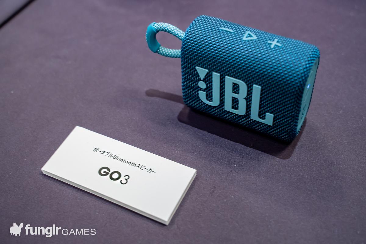 アパレル小物のようなデザインの「JBL GO3」