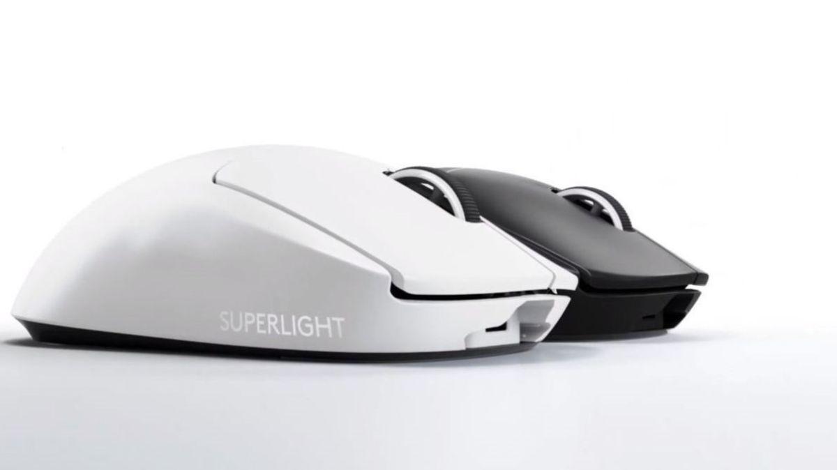 PRO X SUPERLIGHT 黑 × 白