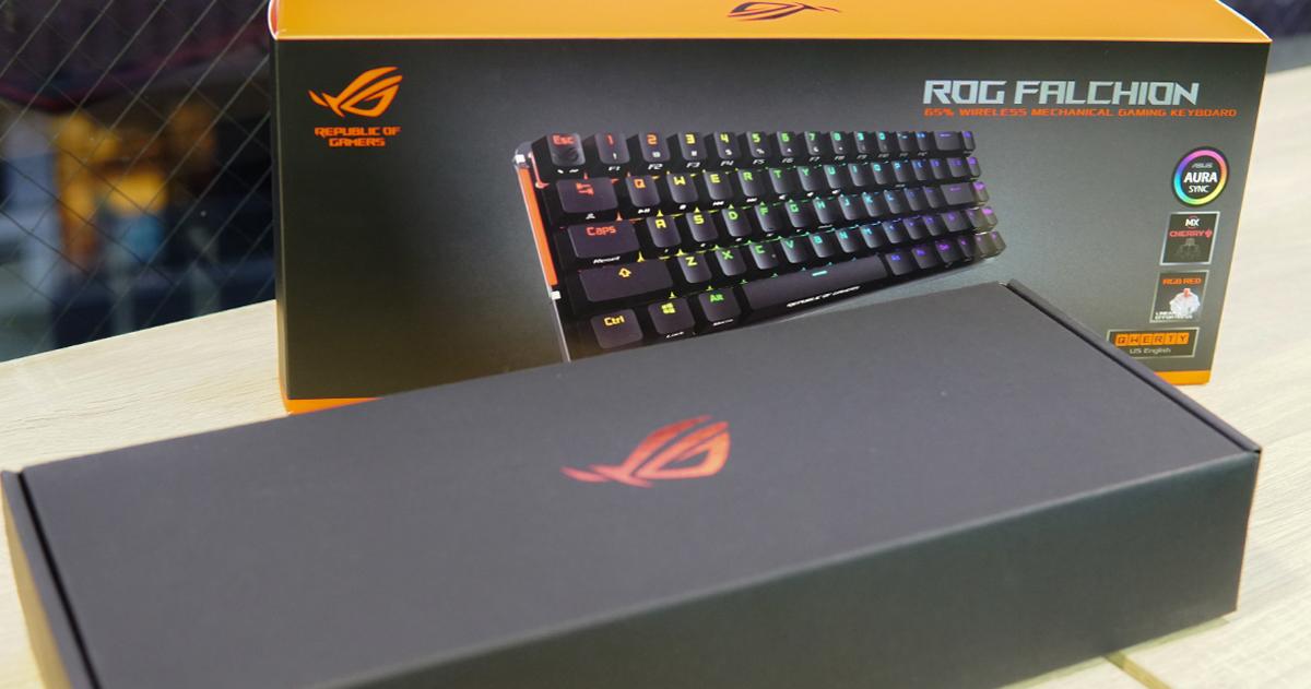 有線・無線両対応のコンパクトサイズゲーミングキーボード ASUS「ROG Falchion」開封式!