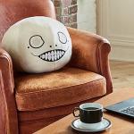 超大尺寸!NieR系列象徵角色「Emil」抱枕開始接受預購!