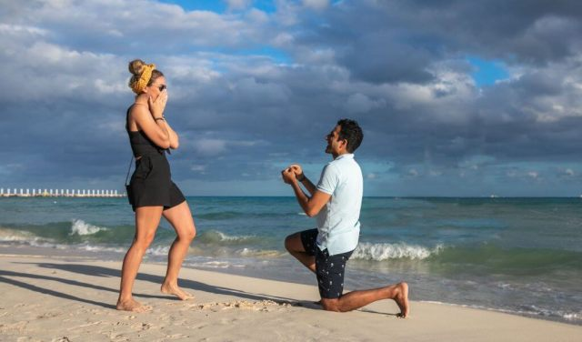 Neeraj Playa del Carmen Proposition 2 1024x602 - 8 mots de conseils d'un photographe de fiançailles de Tulum