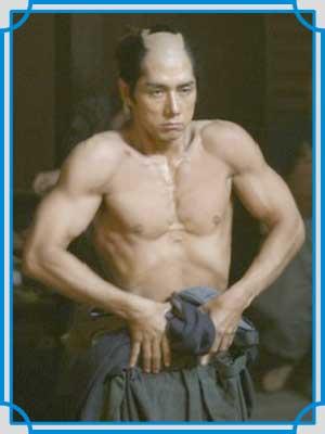 西島秀俊 八重の桜 筋肉