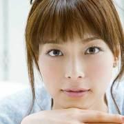 相武紗季は八重歯以外に整形も?卒アルすっぴん画像で比較! | ファニップ