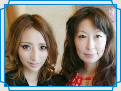 加藤紗里 母親