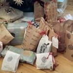 Geschenke verpackt mit dem supercraftlab Winterkit