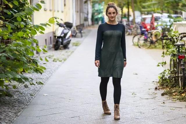Zweifarbiges Jersekleid grün / gold nach Schnittmuster LadyRockers von mamahochzwei