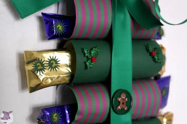 diy adventskalender aus toilettenpapierrollen anleitungen do it yourself weihnachtsaktion. Black Bedroom Furniture Sets. Home Design Ideas