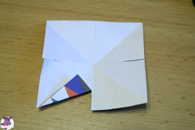 Einfache Papiersterne basteln - Anleitung für Kinder